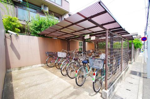 駐輪場:空きあり、一台まで無償