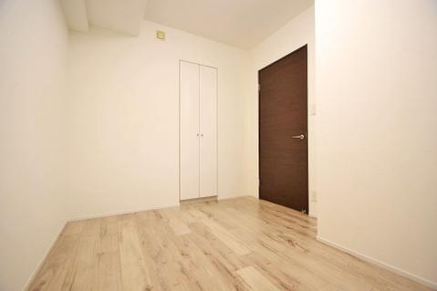 洋室約5.0帖 収納スペースあり