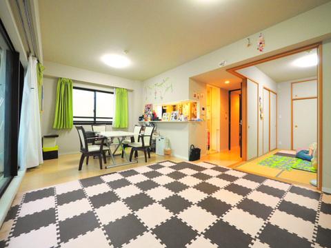 和室の扉を開けるとより開放感のある空間になります