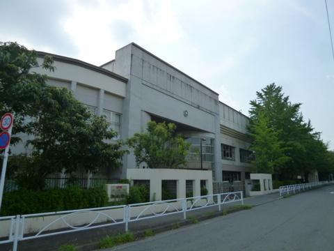 川崎市立宮崎中学校 600m
