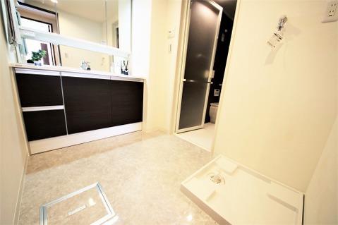 オシャレな洗面所は朝の身支度も楽しくなりますね