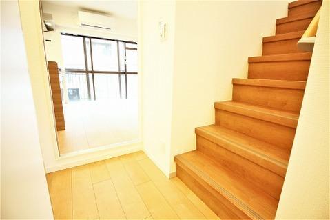 戸建て感覚をたのしめる室内階段