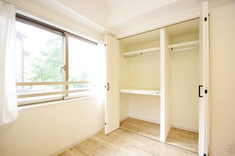 6.6帖洋室 収納部分 全居室収納完備でお荷物が多くても安心です