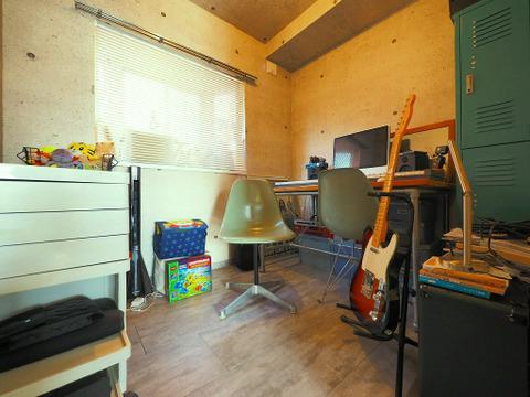 仕事部屋、趣味部屋、子ども部屋、様々に活用できそうなコンパクトなプライベート空間