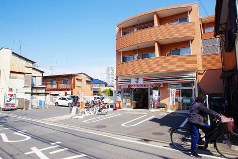セブンイレブン 川崎高津諏訪店 距離500m