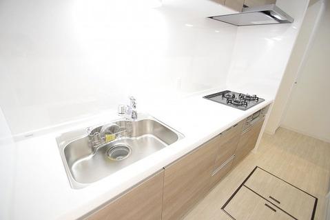 床下収納付きの便利なキッチン