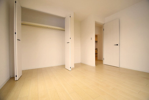 洋室約6帖収納スペース