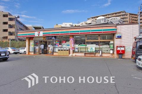 セブン-イレブン 川崎犬蔵2丁目店 距離220m