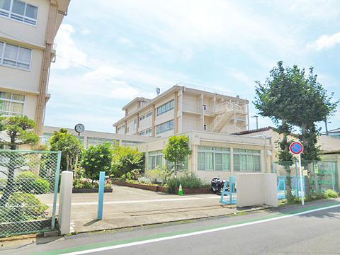 川崎市立菅生中学校 距離650m