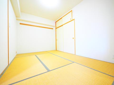 和室にも収納スペースをご用意しています