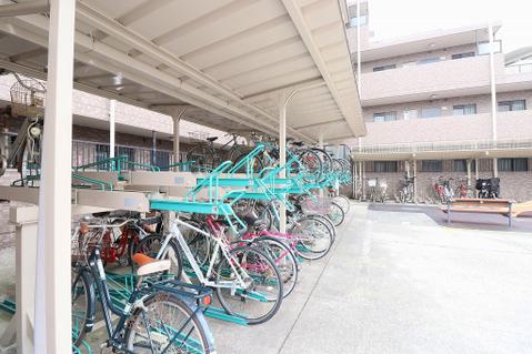 駐輪場:2000円/年(空き状況要確認)