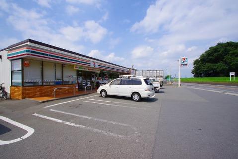 セブンイレブン 宇奈根店 距離350m