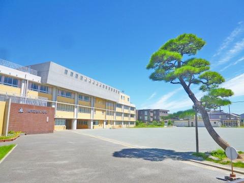 川崎市立宮内小学校 距離550m