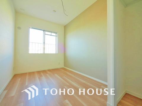 家具の配置のし易い室内で、趣味の部屋としても充分な広さです