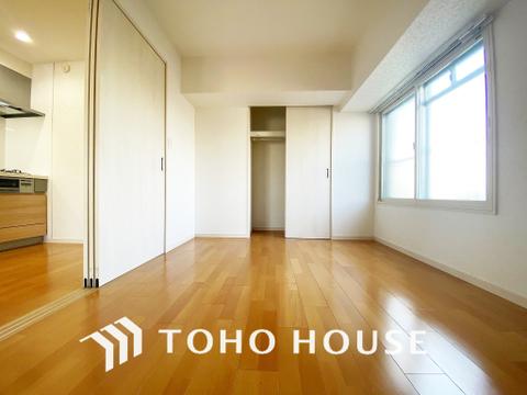 お部屋の扉を開けることで開放感のある空間が広がります