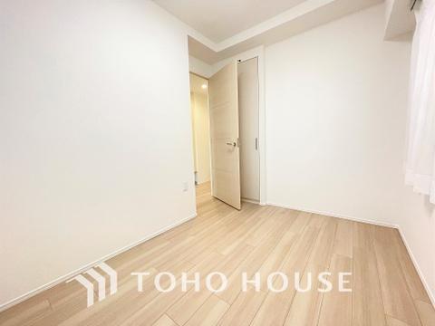 リフォームによりハウスクリーニングされた白さが特徴のお部屋