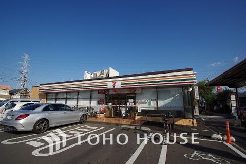 セブンイレブン横浜奈良北団地店 距離750m