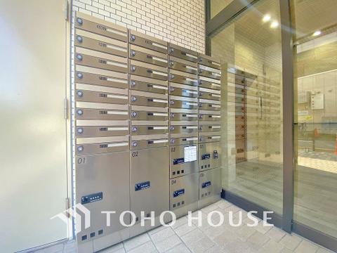 集合ポストと不在時の荷物の受け取りに便利な宅配ボックス