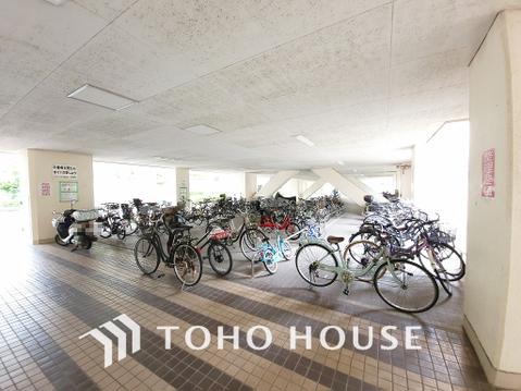 駐輪場、バイク置き場:料金、空き状況要確認