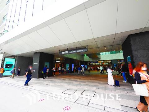 JR・京急・東急・市営地下鉄「横浜」駅 距離300m