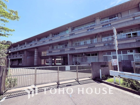 横浜市立中山中学校 距離1800m