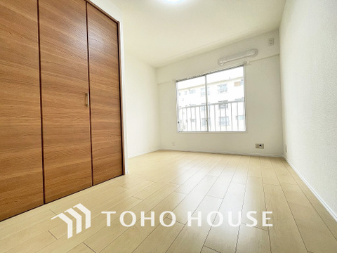 家具の配置のし易い室内です。趣味の部屋としても充分な広さです