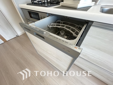 ビルトイン式食洗機を標準完備した、機能性に優れたシステムキッチン