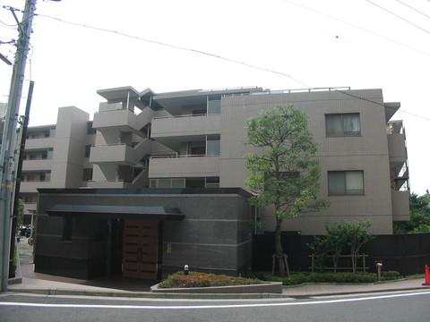 ルピナス横浜三ッ沢公園