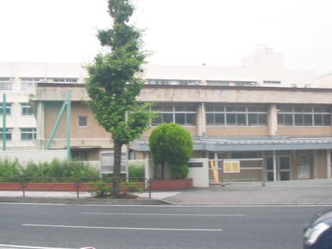 港南中学校(徒歩9分)
