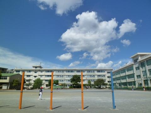 梶ヶ谷小学校 徒歩7分(550m)