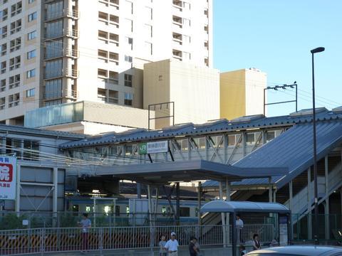 JR東神奈川駅 約160m