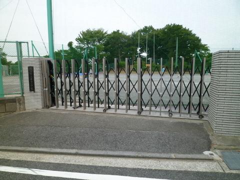 蒔田小学校 約350m