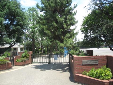 下沼部小学校(徒歩2分 約150m)