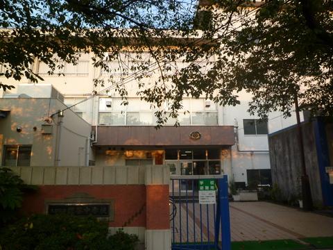 糀谷中学校約260m