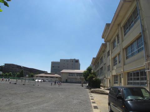 西中原中学校 徒歩15分(約1200m)
