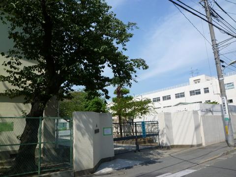 矢口東小学校約380m