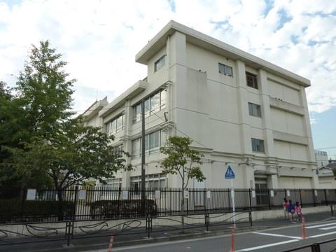 渡田小学校 徒歩7分(約530m)
