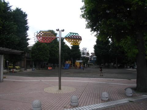 古市場第一公園 徒歩2分(約140m)