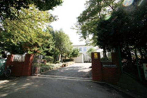 弘明寺ガーデンハウス 南が丘中学校