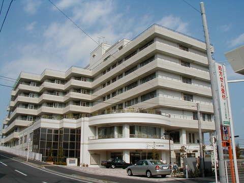 汐田総合病院 徒歩3分(約230m)
