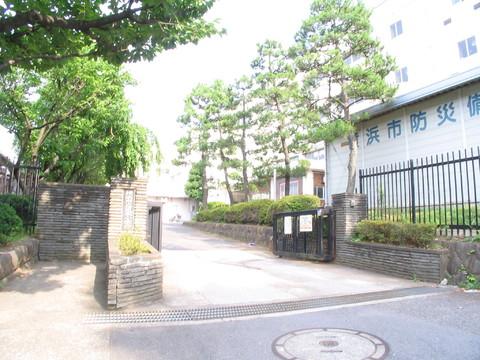 坂本小学校 徒歩11分(約850m)