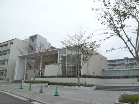 プレサンスロジェ横濱天王町