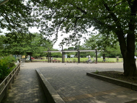 桜川公園 徒歩5分(約400m)