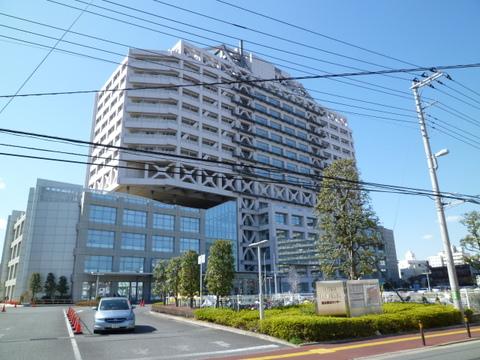 川崎病院 徒歩5分(約340m)