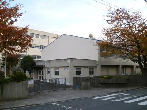 浦島小学校