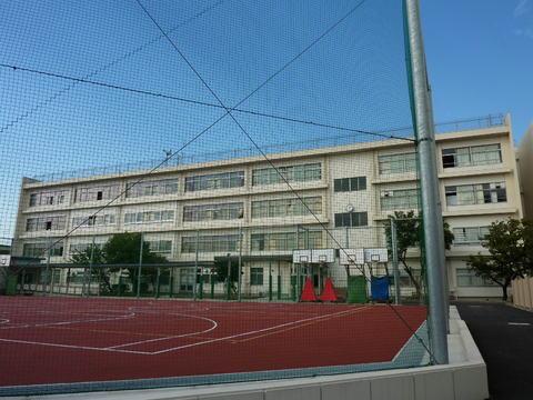 南大師中学校 徒歩8分(約600m)