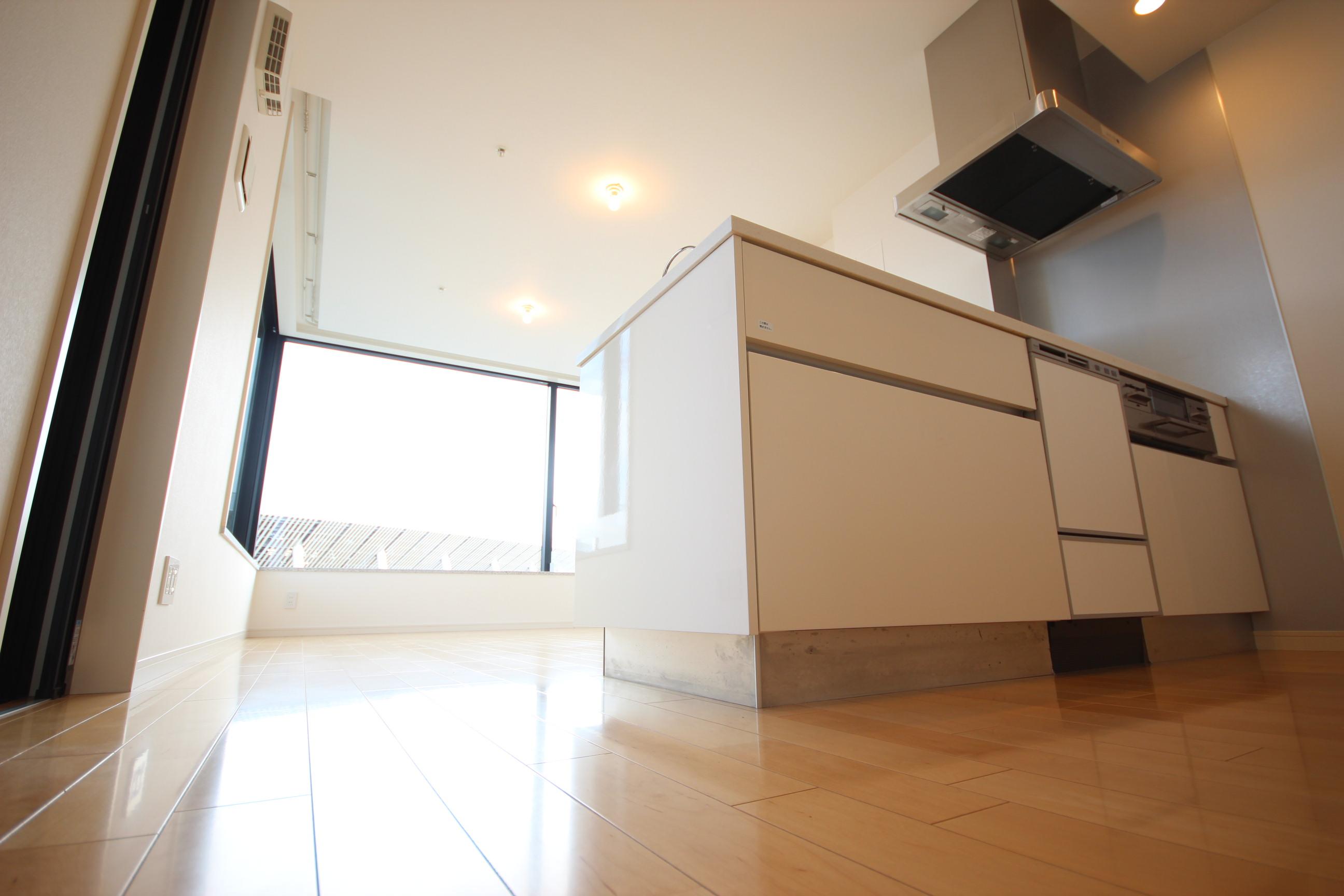 【東京でのセカンドハウスの購入】~新築とも比較検討したが、最後に選んだのは立地を重視した築浅マンション。オリンピックを側で感じられる邸宅でした。~